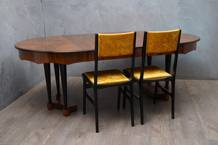 Biedermeier Round Walnut Wood Extendable Table, 1890 For Sale 1