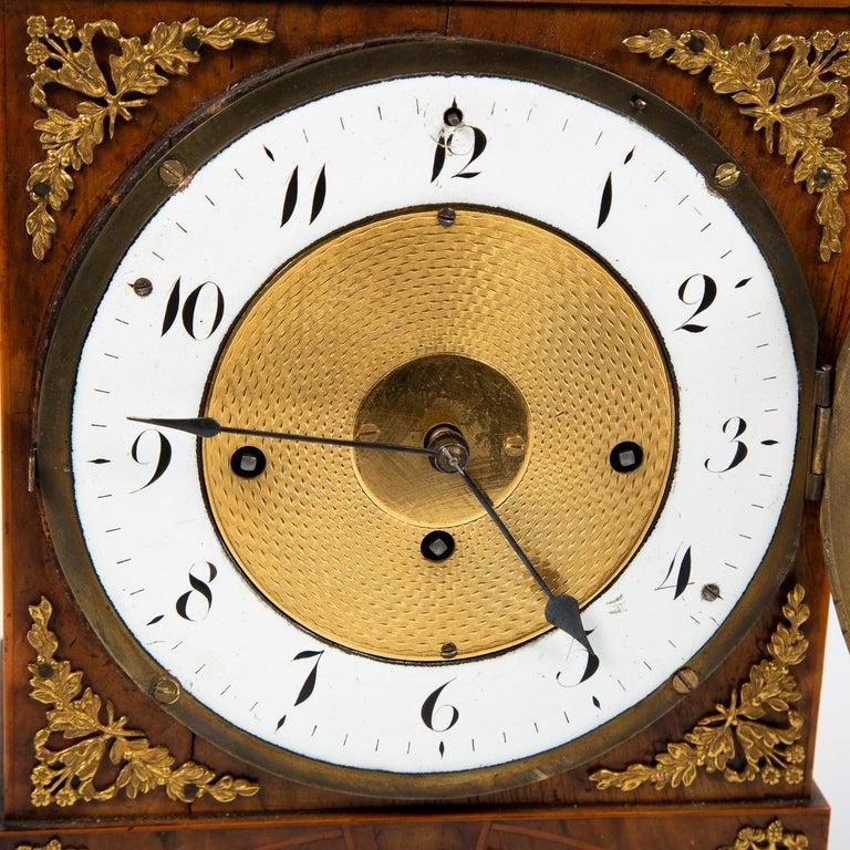 Biedermeier Mantle Clock Walnut with Ormolu Mounts, circa 1820 In Good Condition For Sale In London, GB