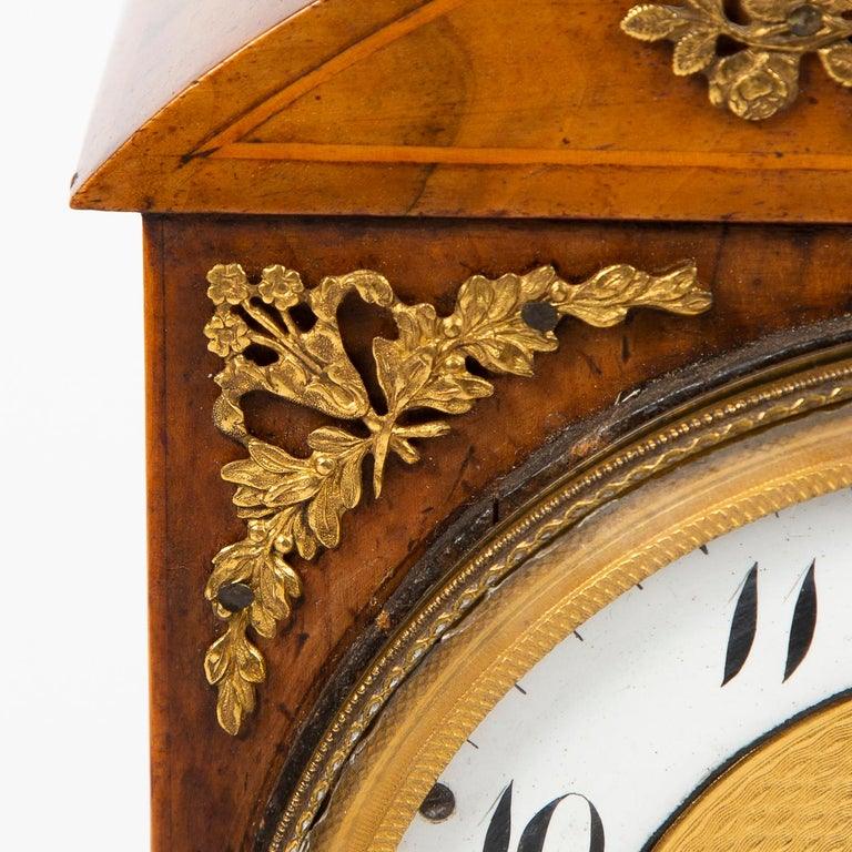 Biedermeier Mantle Clock Walnut with Ormolu Mounts, circa 1820 For Sale 2