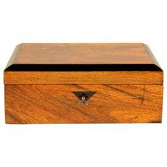 Biedermeier Nut Wood Box Early 19th Century, Austria, circa 1835