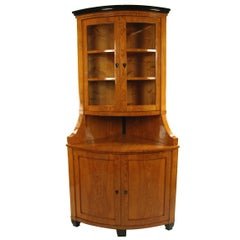 Biedermeier Period Corner Cupboard circa 1820 Northern Germany, Ash Veneer Brown