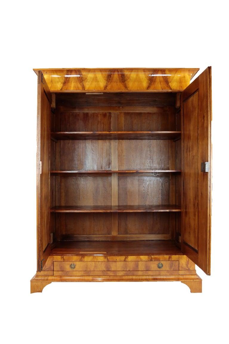 Biedermeier Period Cupboard Cabinet, Cherrywood, circa 1820 4