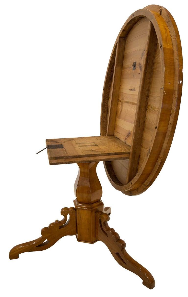 Biedermeier Round Table in Cherrywood Veneer, Germany, 19th Century For Sale 3