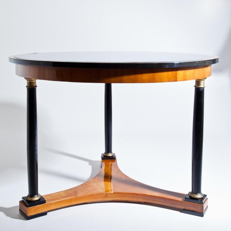 Early 19th Century Biedermeier Salon Table, Cherry, German, circa 1820 For Sale