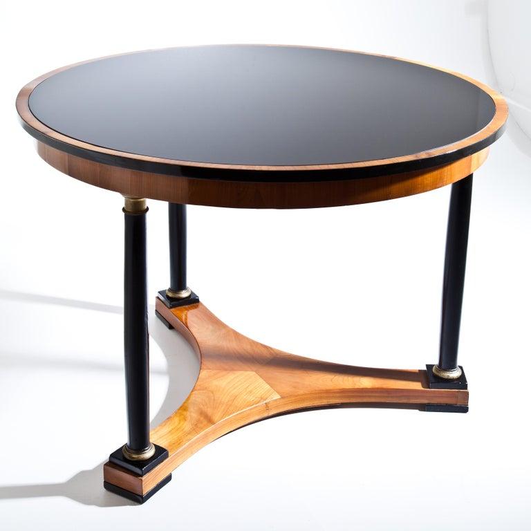 Biedermeier Salon Table, Cherry, German, circa 1820 For Sale 2