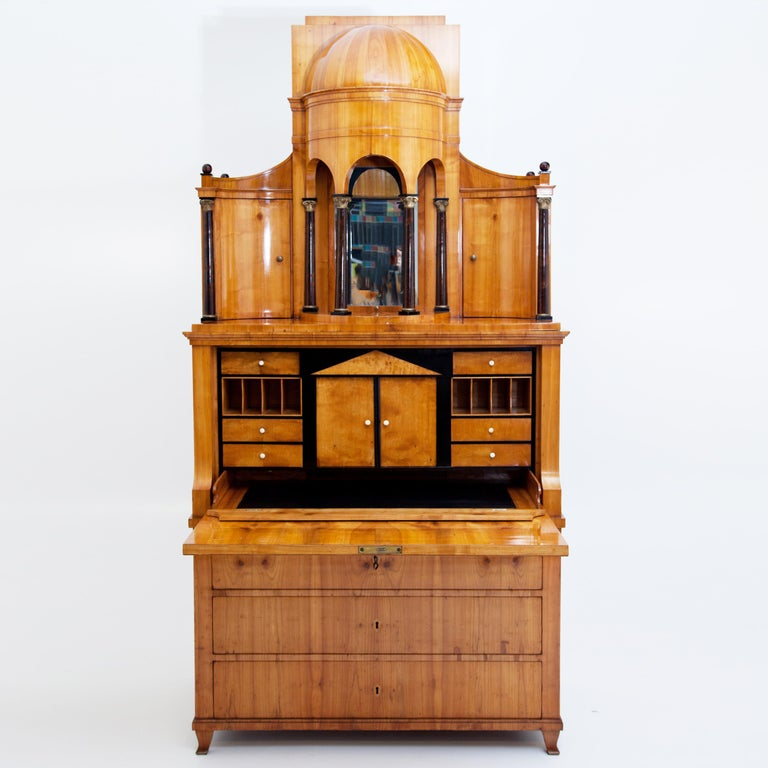 Biedermeier Secretaire, Central Germany, circa 1820 In Good Condition For Sale In Greding, DE