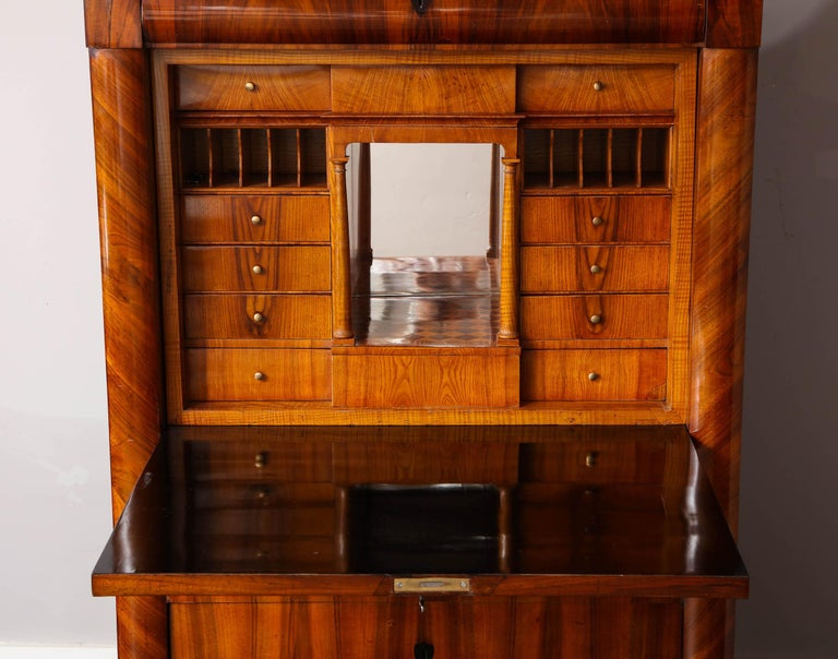 Biedermeier Secretary In Good Condition For Sale In New York, NY