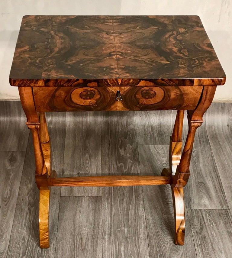 Austrian Biedermeier Sewing Table, Austria 1820, Walnut