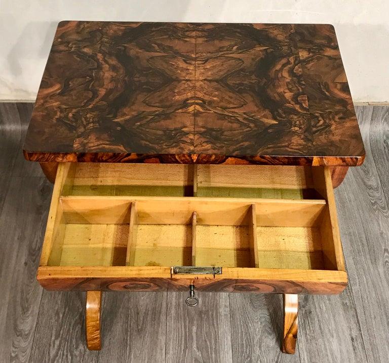 Veneer Biedermeier Sewing Table, Austria 1820, Walnut