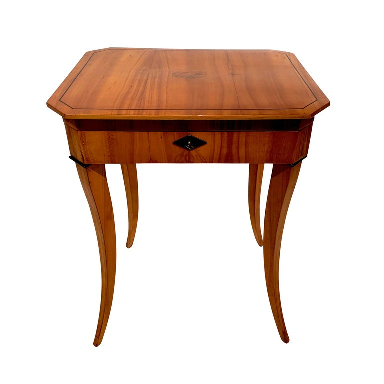Biedermeier Sewing Table, Cherry Veneer, Interior, South Germany, circa 1825 For Sale