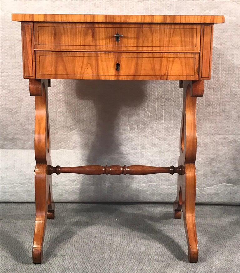 Biedermeier Sewing Table, South German 1820, Cherrywood For Sale 5