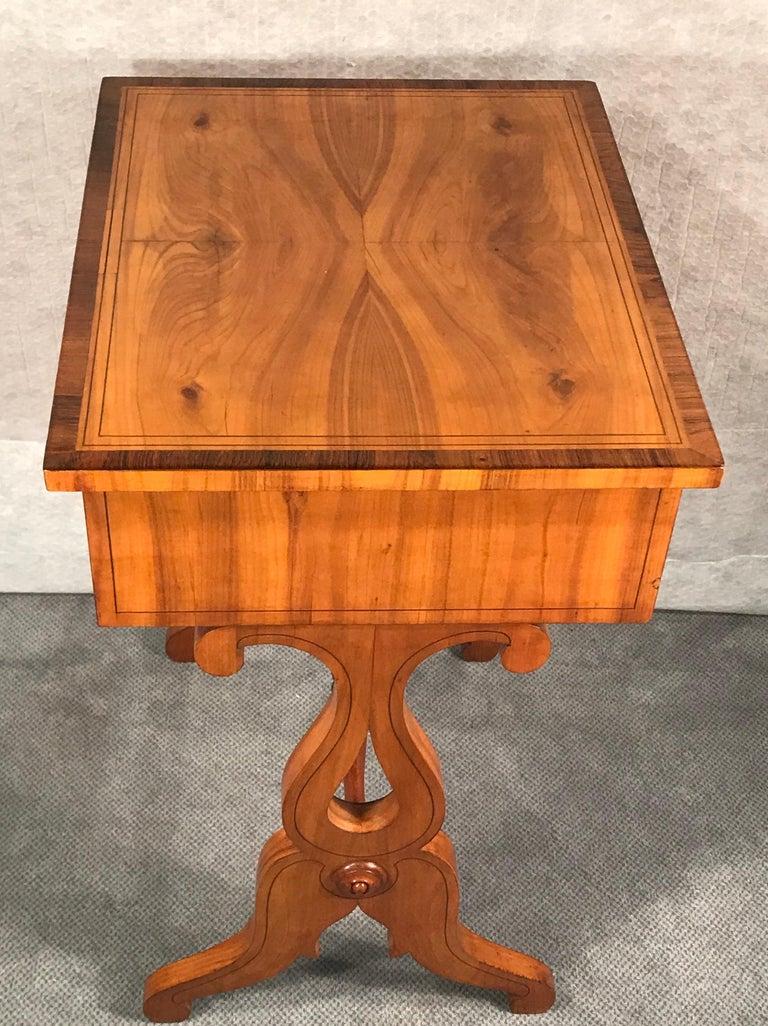 Biedermeier Sewing Table, South German 1820, Cherrywood For Sale 2