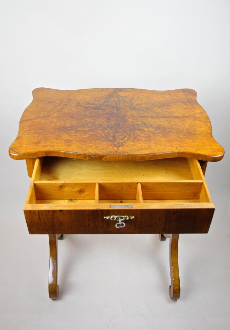 Austrian Biedermeier Side Table with One-Drawer Nut Wood, Austria, circa 1850