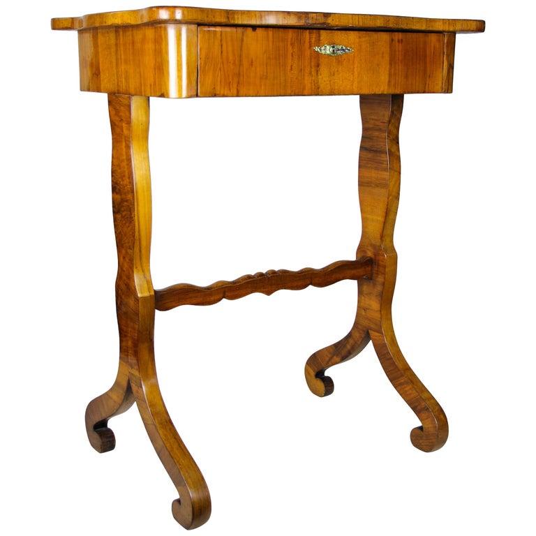 Biedermeier Side Table with One-Drawer Nut Wood, Austria, circa 1850