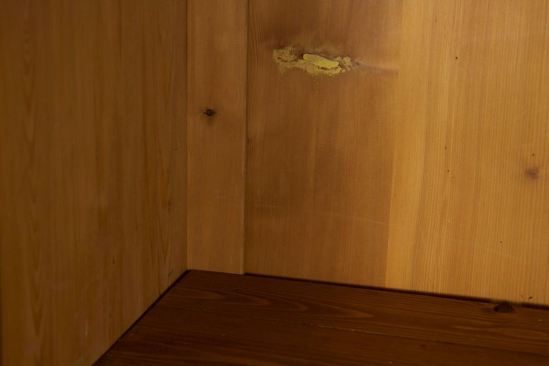 Biedermeier Style Antique Walnut Display Bookcase Cabinet Vitrine For Sale 4