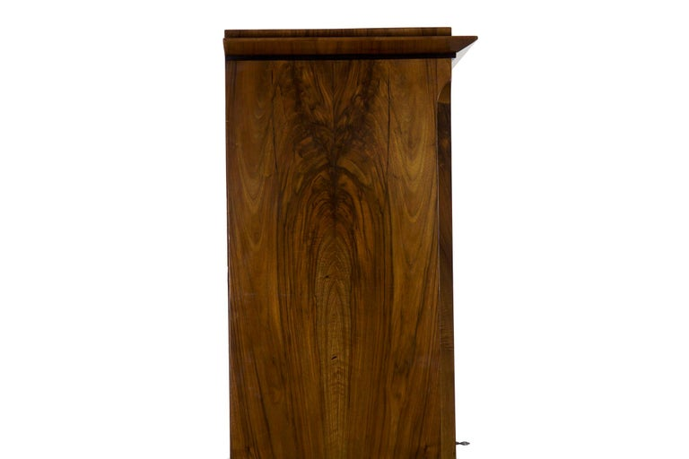 Biedermeier Style Antique Walnut Display Bookcase Cabinet Vitrine For Sale 10