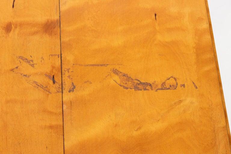 Biedermeier Style Drop-Leaf Pedestal Table For Sale 4