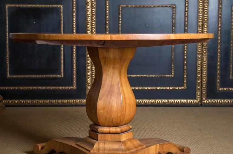 Veneer Biedermeier Table Cherrywood Original, 1820 For Sale