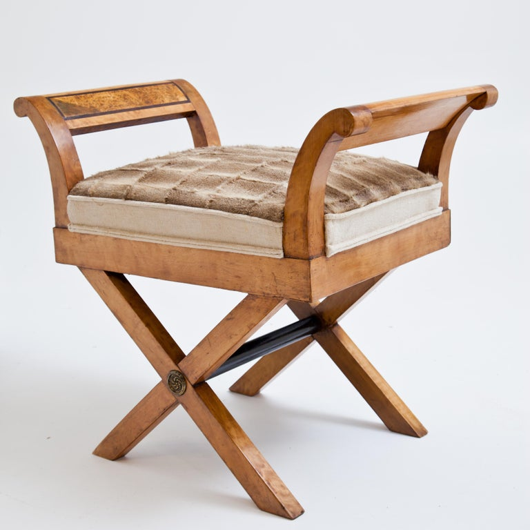Biedermeier tabouret in the style of scissor chairs on X-shaped legs and outwardly curved armrests with rectangular burl wood inlays. Solid birch. The seat was newly covered with deer skin.