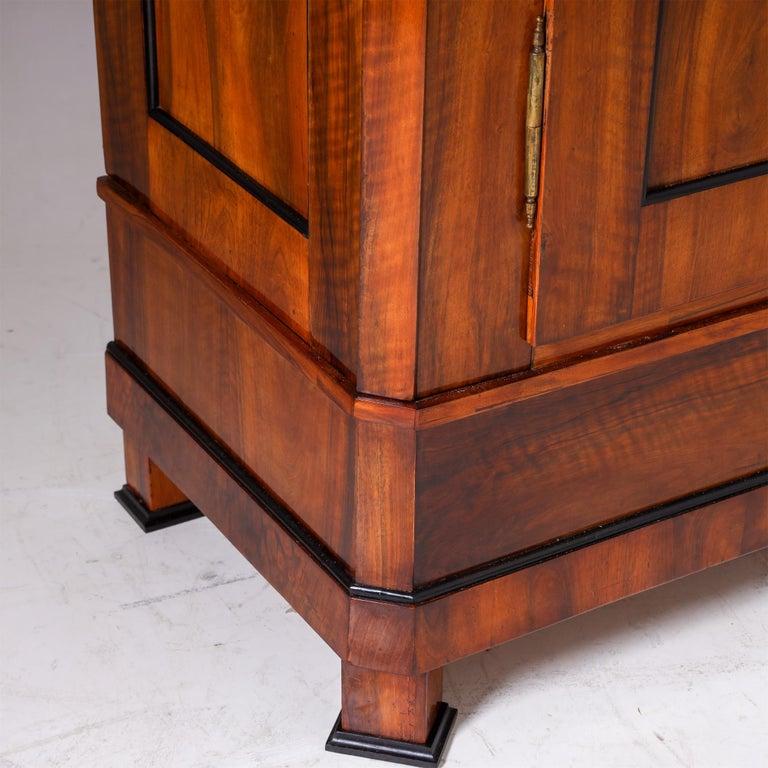 Biedermeier Walnut Cabinet, Early 19th Century 4