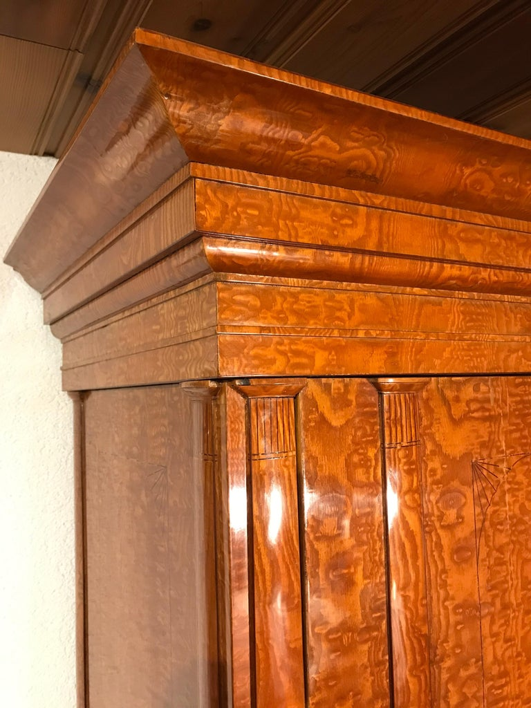 Biedermeier Wardrobe, Baltic States, 1810-1820 In Good Condition For Sale In Belmont, MA