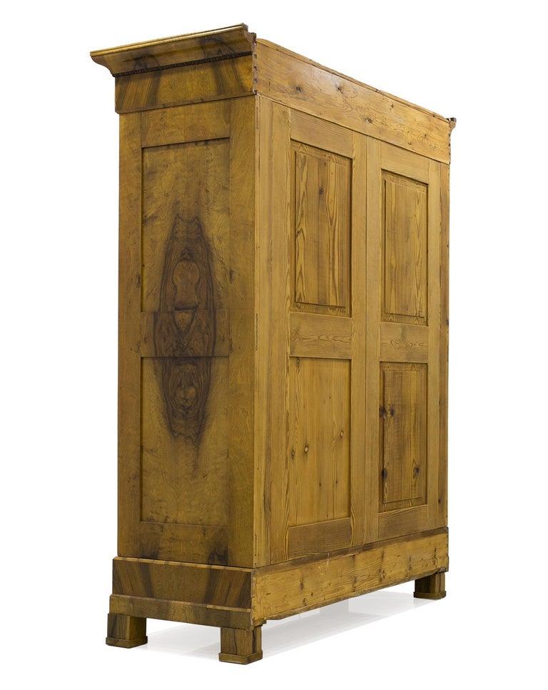 European Biedermeier Wardrobe in Walnut Veneer, circa 1830 For Sale