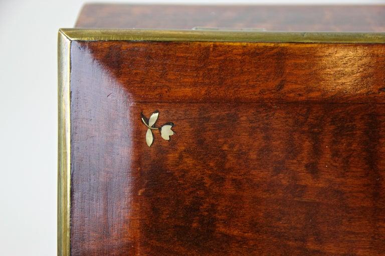 Biedermeier Wooden Box, Austria, circa 1830 For Sale 4