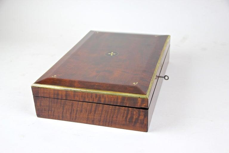 Biedermeier Wooden Box, Austria, circa 1830 For Sale 6