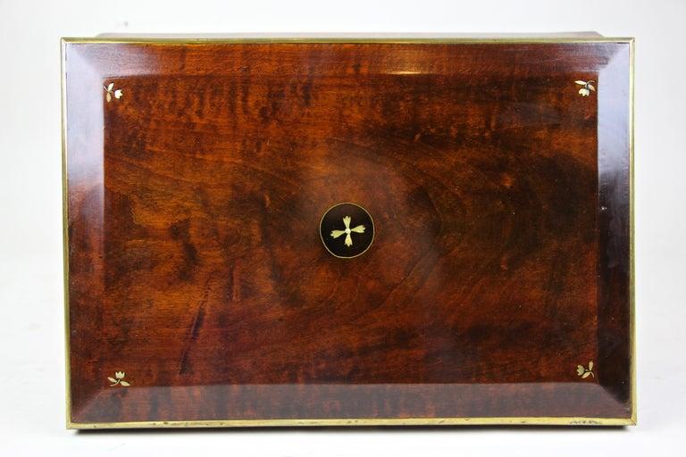 Austrian Biedermeier Wooden Box, Austria, circa 1830 For Sale