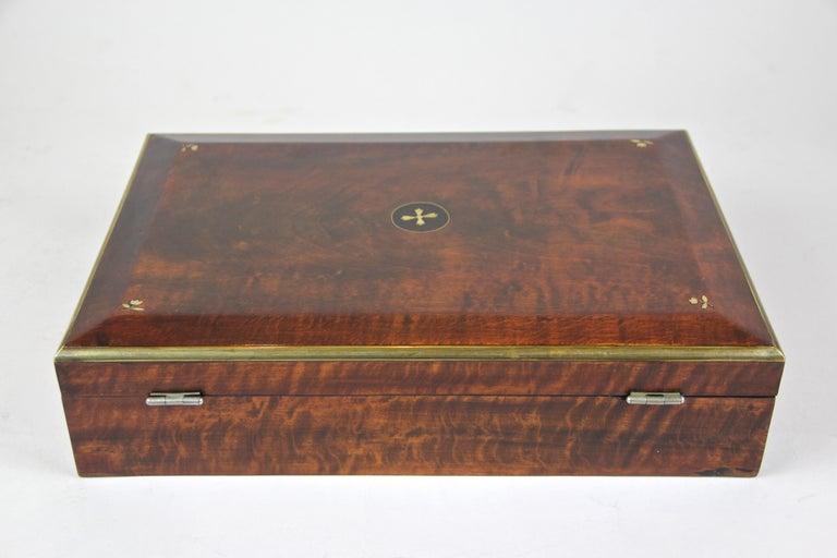 Biedermeier Wooden Box, Austria, circa 1830 For Sale 1