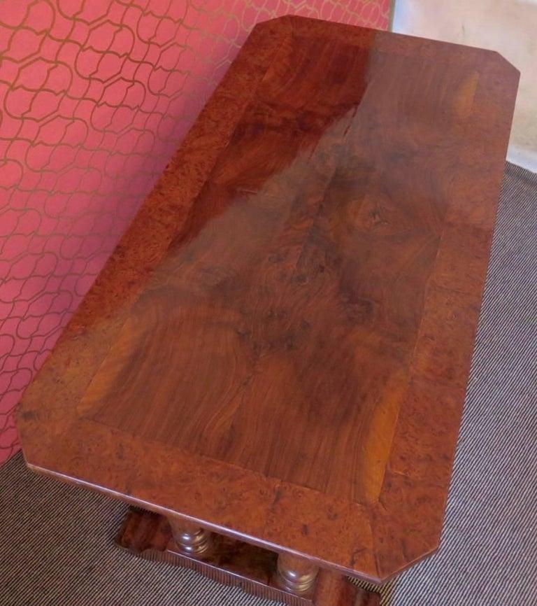 1830 Walnut Austrian Biedermeier Writing Desk For Sale 3
