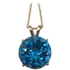 Big 7.81 Carat Swiss Blue Topaz Round Cut 14 Karat Yellow Gold Pendant Necklace