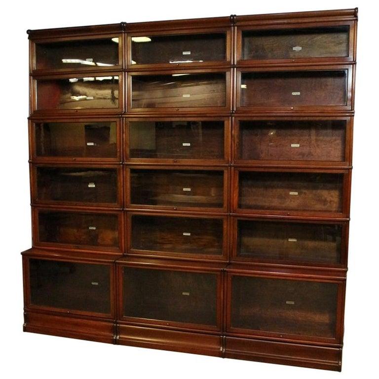 Big antique mahogany Globe Wernicke bookcase For Sale