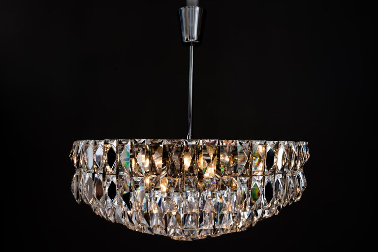 Big Bakalowits Crystal Chandelier, circa 1960s For Sale 3