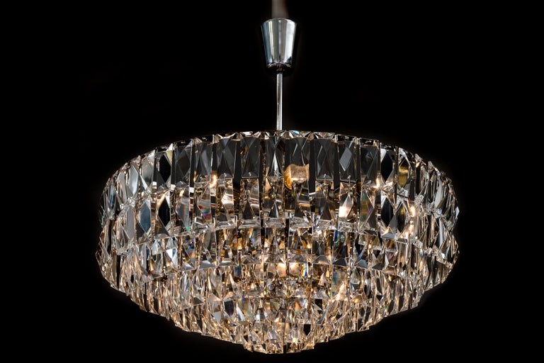 Big Bakalowits Crystal Chandelier, circa 1960s For Sale 5