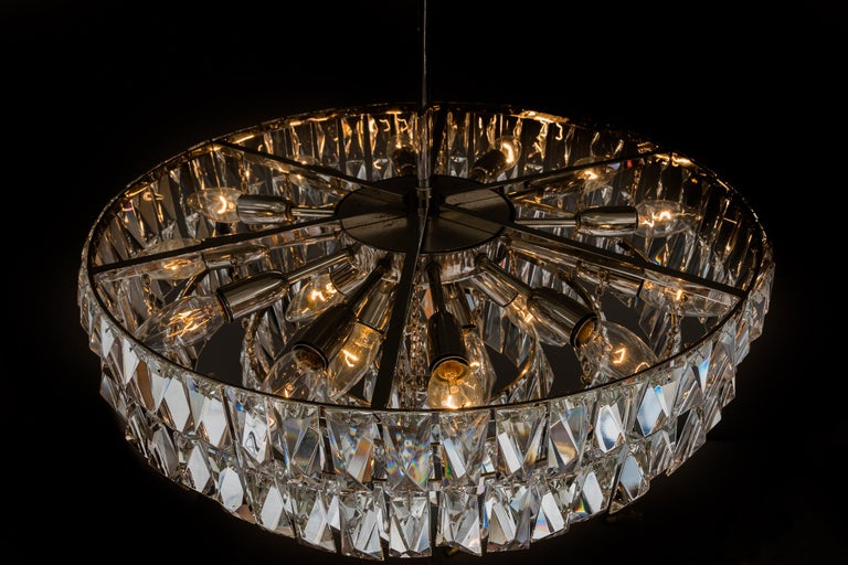 Big Bakalowits Crystal Chandelier, circa 1960s For Sale 11