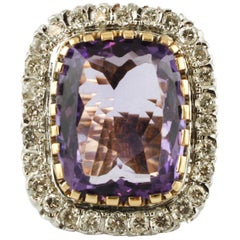 Big Central Amethyst, Diamonds, 14 Karat White and Yellow gold Vintage Ring