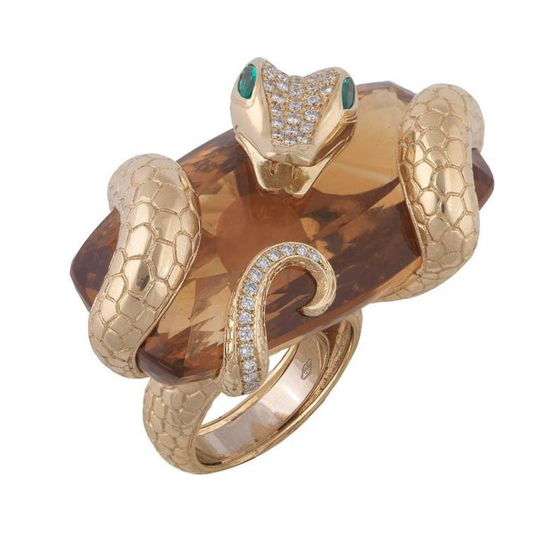 Big Citrine Diamond Emerald Gold Snake Ring In Excellent Condition For Sale In Firenze, IT