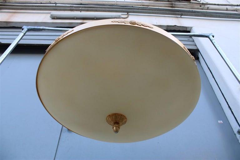 Big Classic Round Italian Chandelier Brass Gold Yellow Glass Italian Design 1970 For Sale 6
