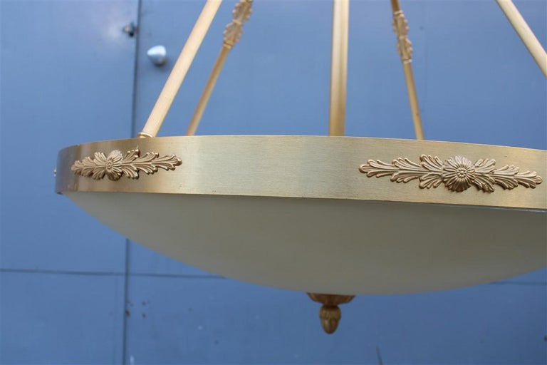 Big Classic Round Italian Chandelier Brass Gold Yellow Glass Italian Design 1970 For Sale 8