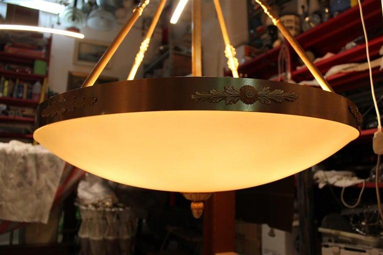 Big Classic Round Italian Chandelier Brass Gold Yellow Glass Italian Design 1970 For Sale 14