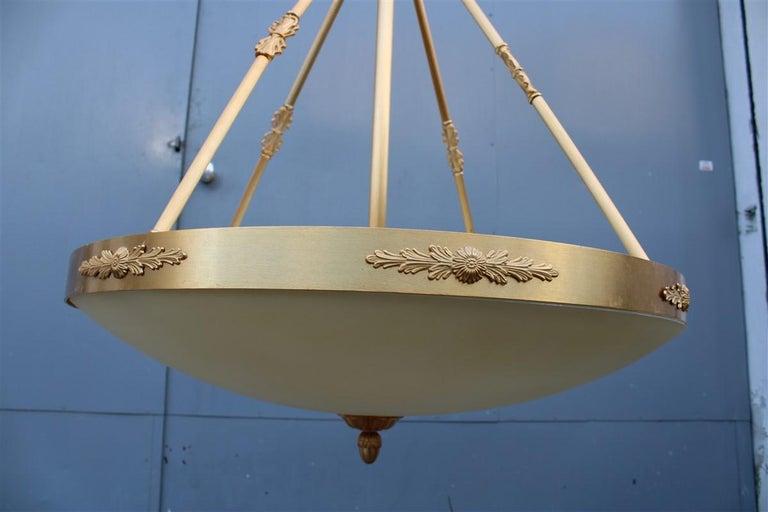 Big Classic Round Italian Chandelier Brass Gold Yellow Glass Italian Design 1970 For Sale 1