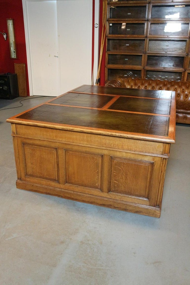 20th Century Big Oak Partners Desk