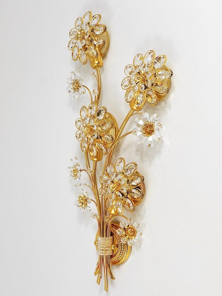 Big Palwa Bunch of Flowers Gilt Brass Crystals Flower Wall Light Sconce, 1970s For Sale 4