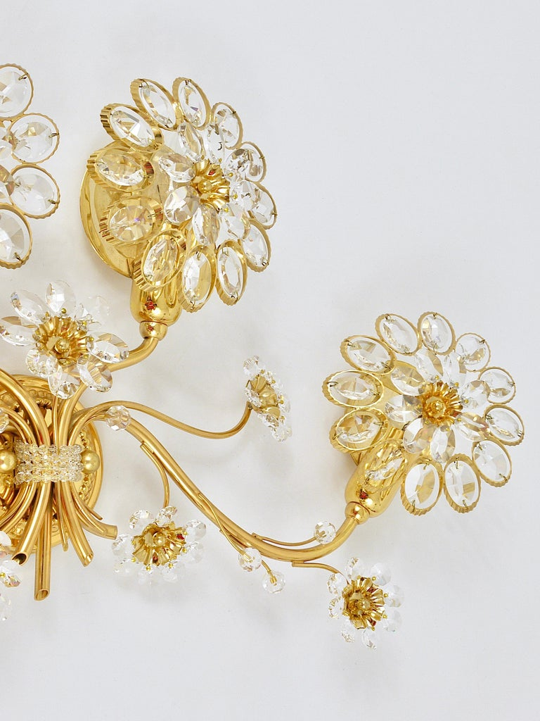 Big Palwa Bunch of Flowers Gilt Brass Crystals Flower Wall Light Sconce, 1970s For Sale 7