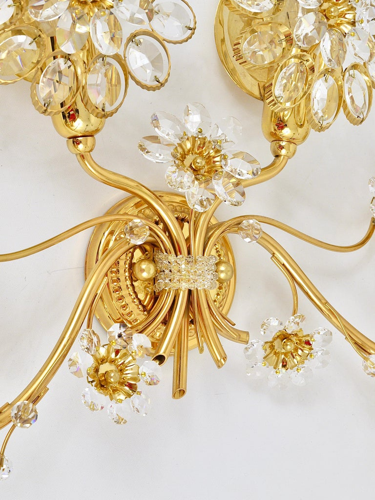 Big Palwa Bunch of Flowers Gilt Brass Crystals Flower Wall Light Sconce, 1970s For Sale 8