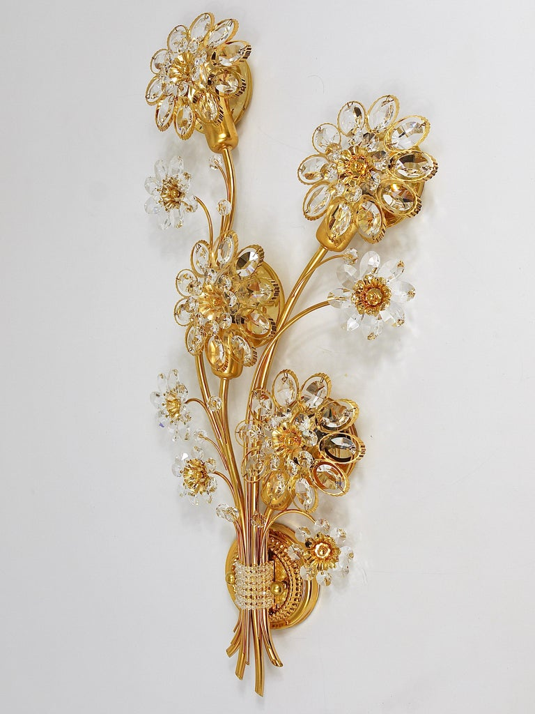 Big Palwa Bunch of Flowers Gilt Brass Crystals Flower Wall Light Sconce, 1970s For Sale 9