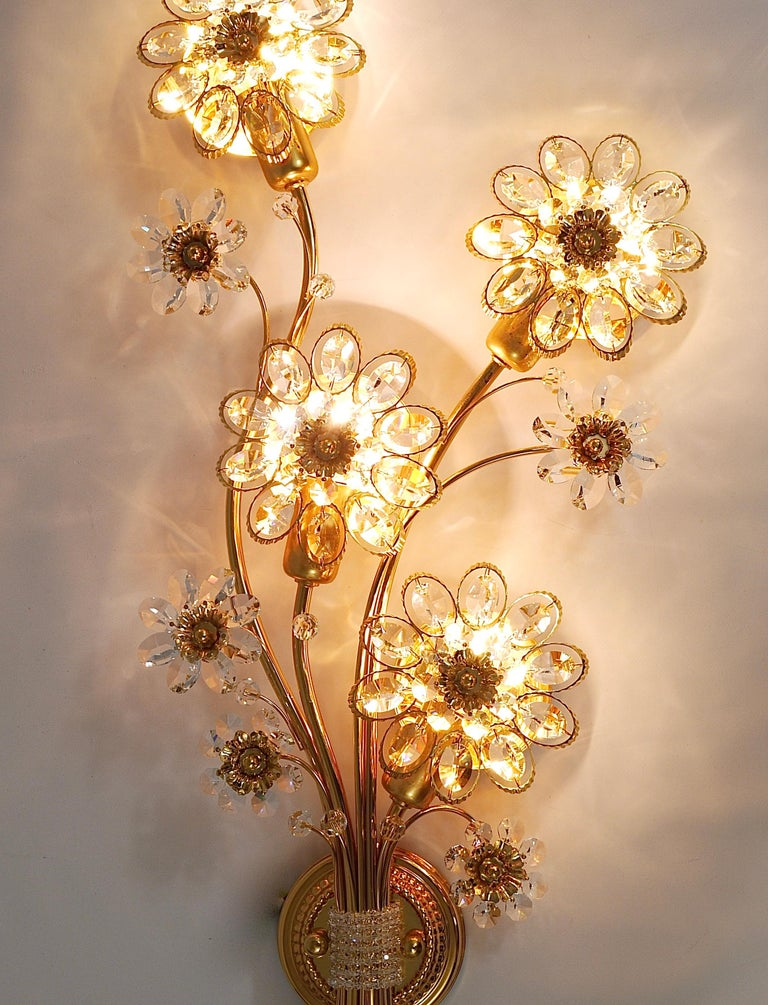 20th Century Big Palwa Bunch of Flowers Gilt Brass Crystals Flower Wall Light Sconce, 1970s For Sale