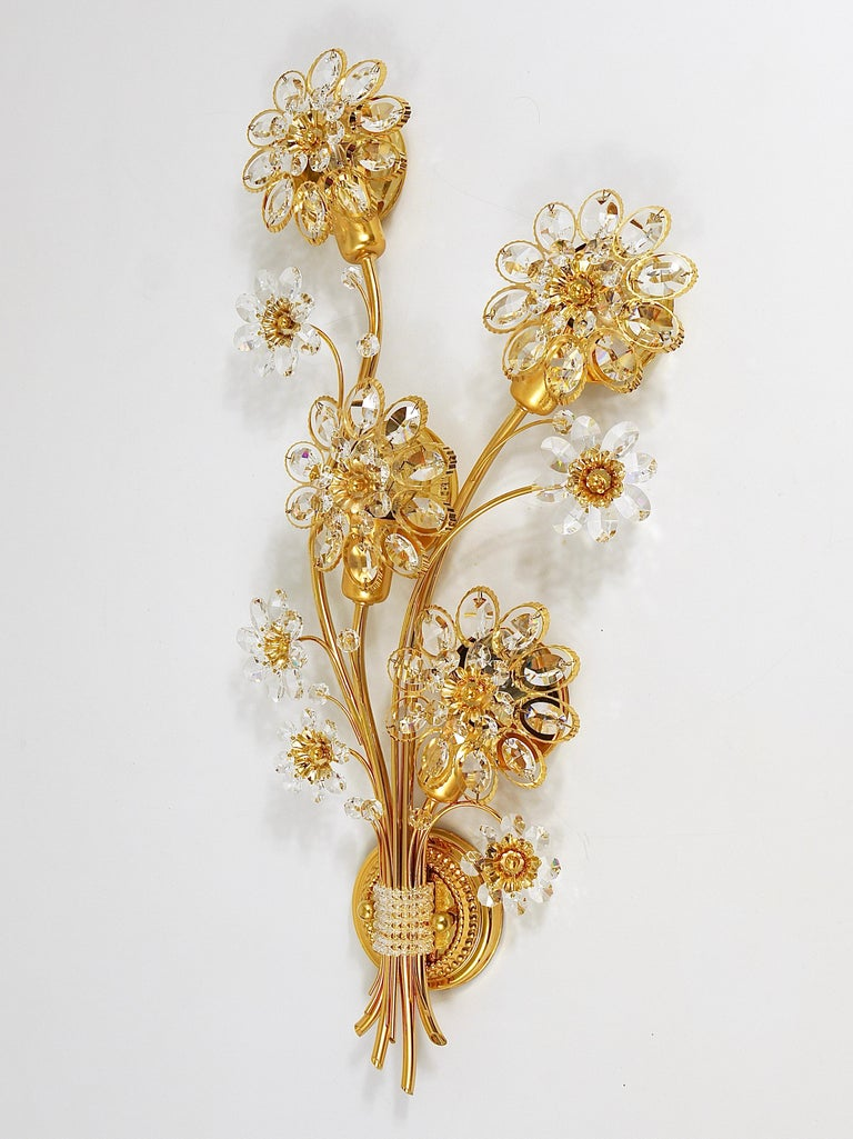 Big Palwa Bunch of Flowers Gilt Brass Crystals Flower Wall Light Sconce, 1970s For Sale 2