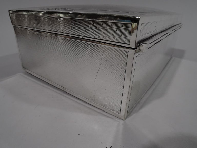 Bigelow, Kennard American Art Deco Sterling Silver Jewelry Box In Excellent Condition In New York, NY